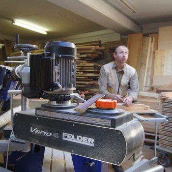 Moderne Technik Tischlerei (1)